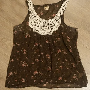 Sheer Floral Print Lace Colar Mudd Tank Top